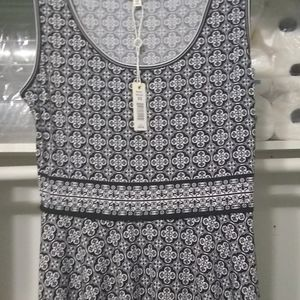 Max Studio Sleeveless Dress XS Black and White